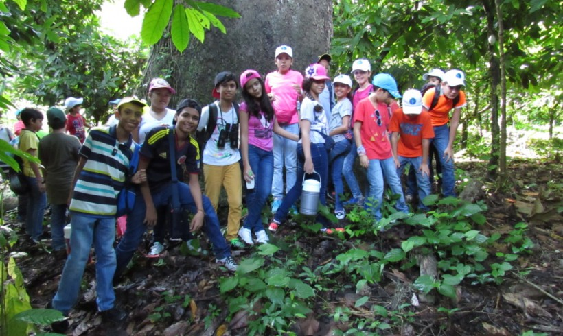 Visita del Fisher Kids School a la Reserva Natural Los Tananeos